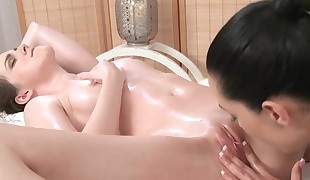 Orgasmic Lezzie Lovers Oil Massage