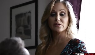 Platinum sex industry star Julia Ann ravaged by a monster black fuck-stick