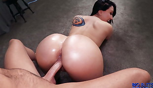 Backside fucked Teen Pawg Mandy Muse
