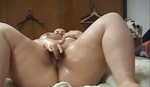 German Chubby with Dildo Squirt